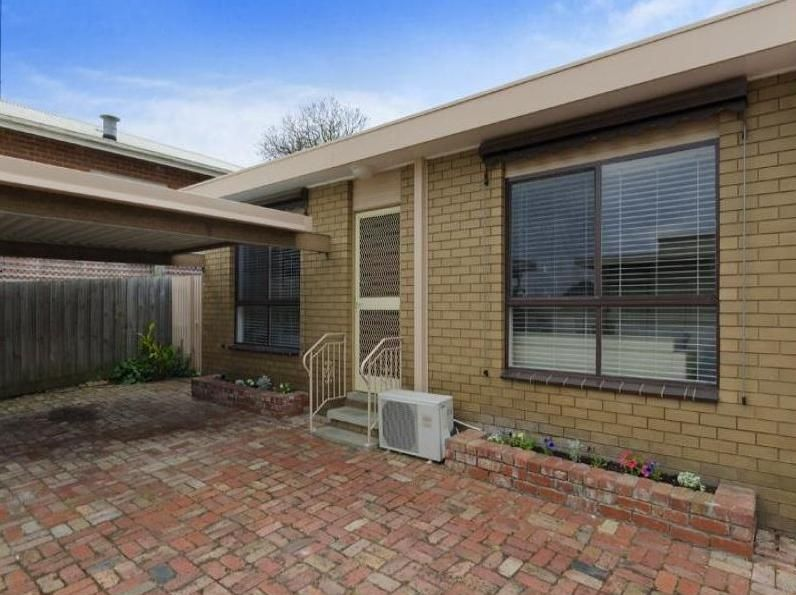 4/7 Ruthven Street, Newtown VIC 3220, Image 0