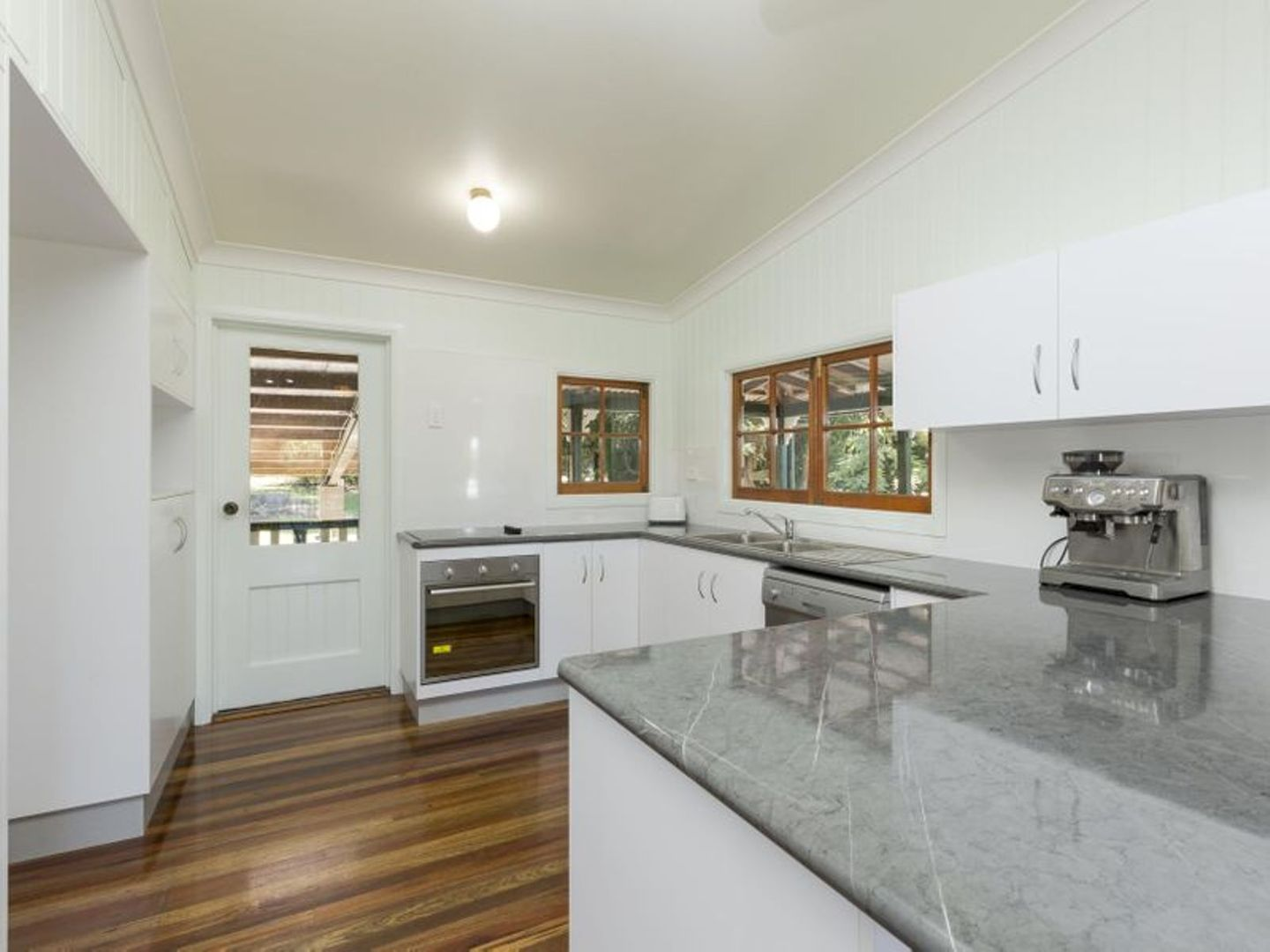17 ENID Street, Flying Fish Point QLD 4860, Image 1