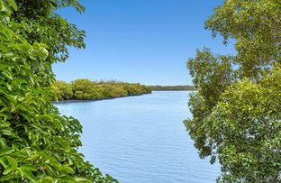 Picture of 2/49 Bimbadeen Avenue, Banora Point NSW 2486