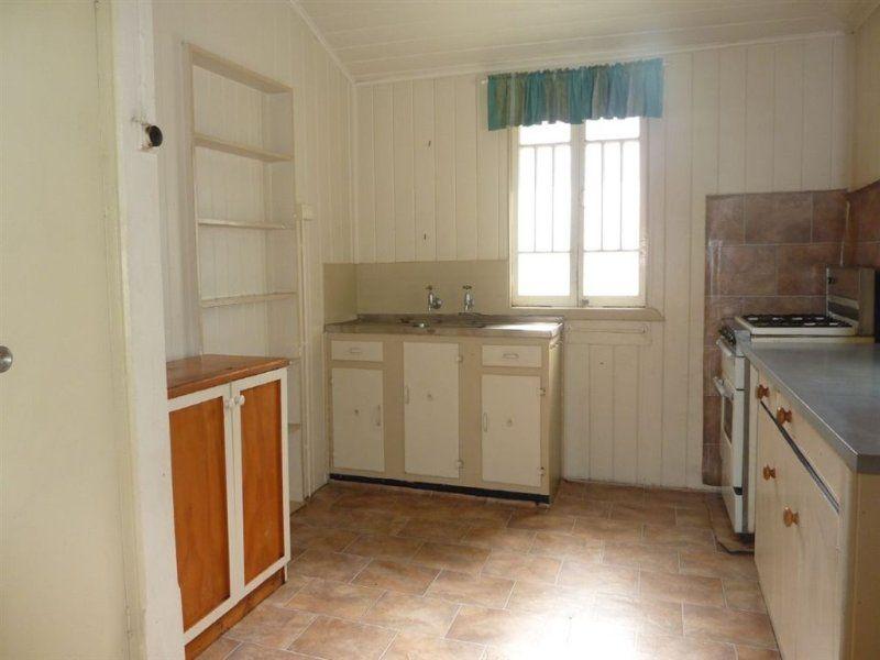 Unit 4/163 Ferry Street, Maryborough QLD 4650, Image 2