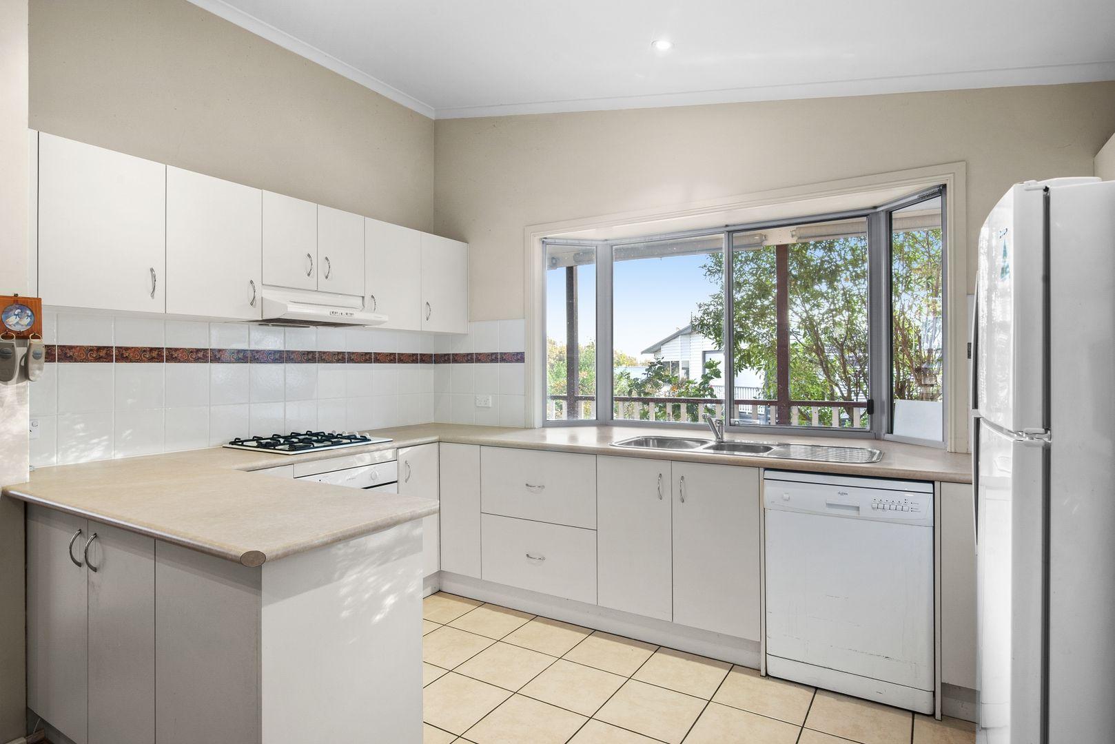 12 Thomas Gilbert Place, Kincumber NSW 2251, Image 2