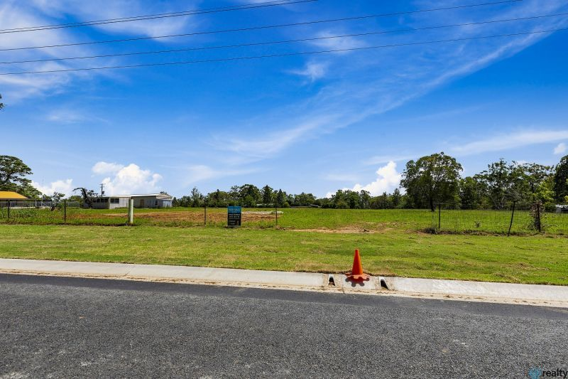 2 Rangeview Road, Morayfield QLD 4506, Image 2