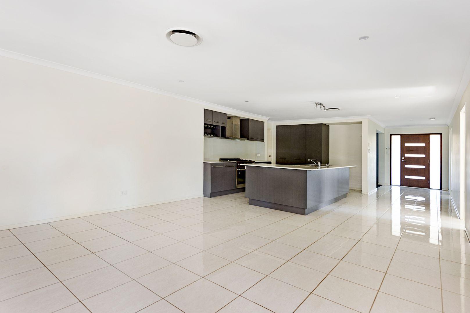 14 Lennox Close, Manly West QLD 4179, Image 2
