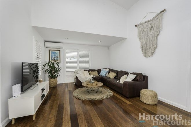 Picture of 23 Piriwal Street, PELICAN NSW 2281
