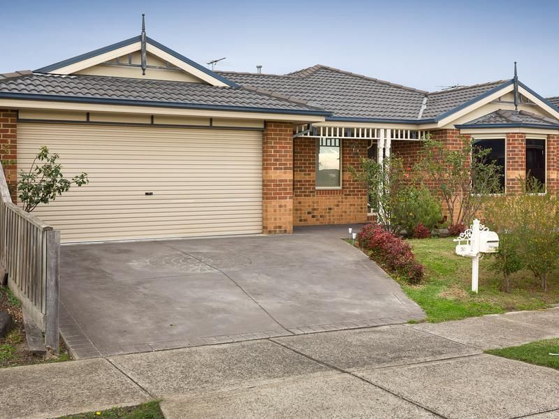 30 Honey Myrtle Way, Cranbourne VIC 3977, Image 0