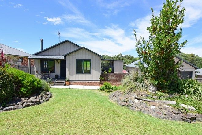 Picture of 18 Bellfield Place, TOMERONG NSW 2540