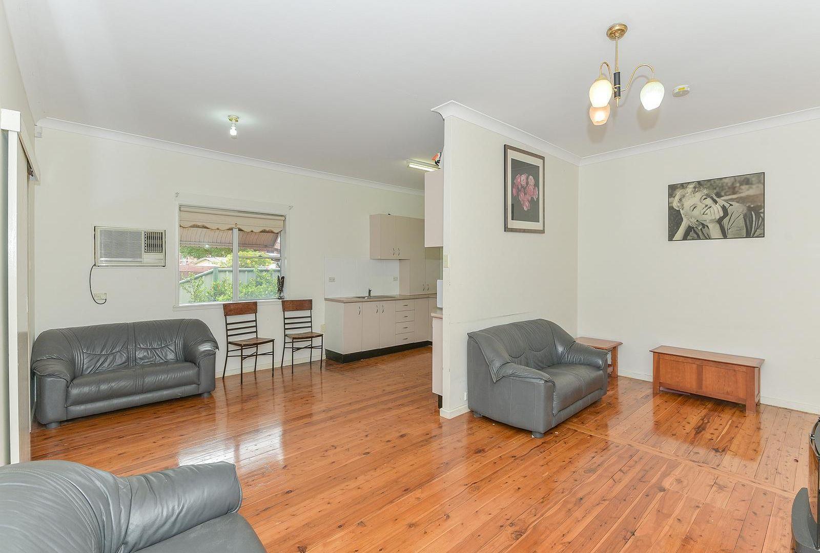 2 Bangalow Street, Ettalong Beach NSW 2257, Image 1