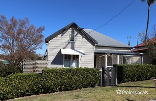 Picture of 24 Rosslyn Street, Inverell NSW 2360