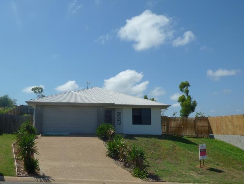 8 Seavcove Crescent, Bowen QLD 4805, Image 0