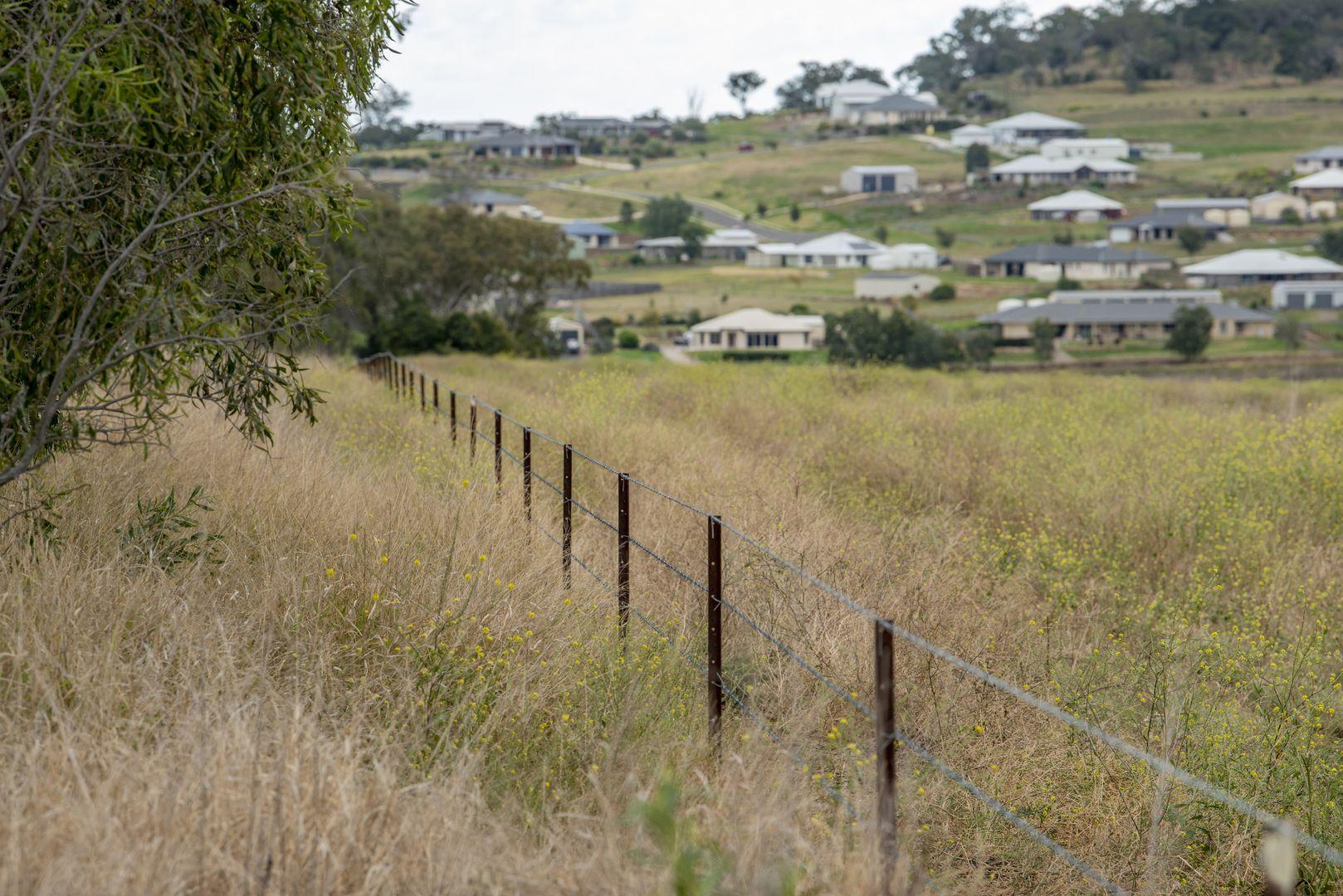 'Brooklea' 167 Storeys Road, Cutella QLD 4352, Image 2