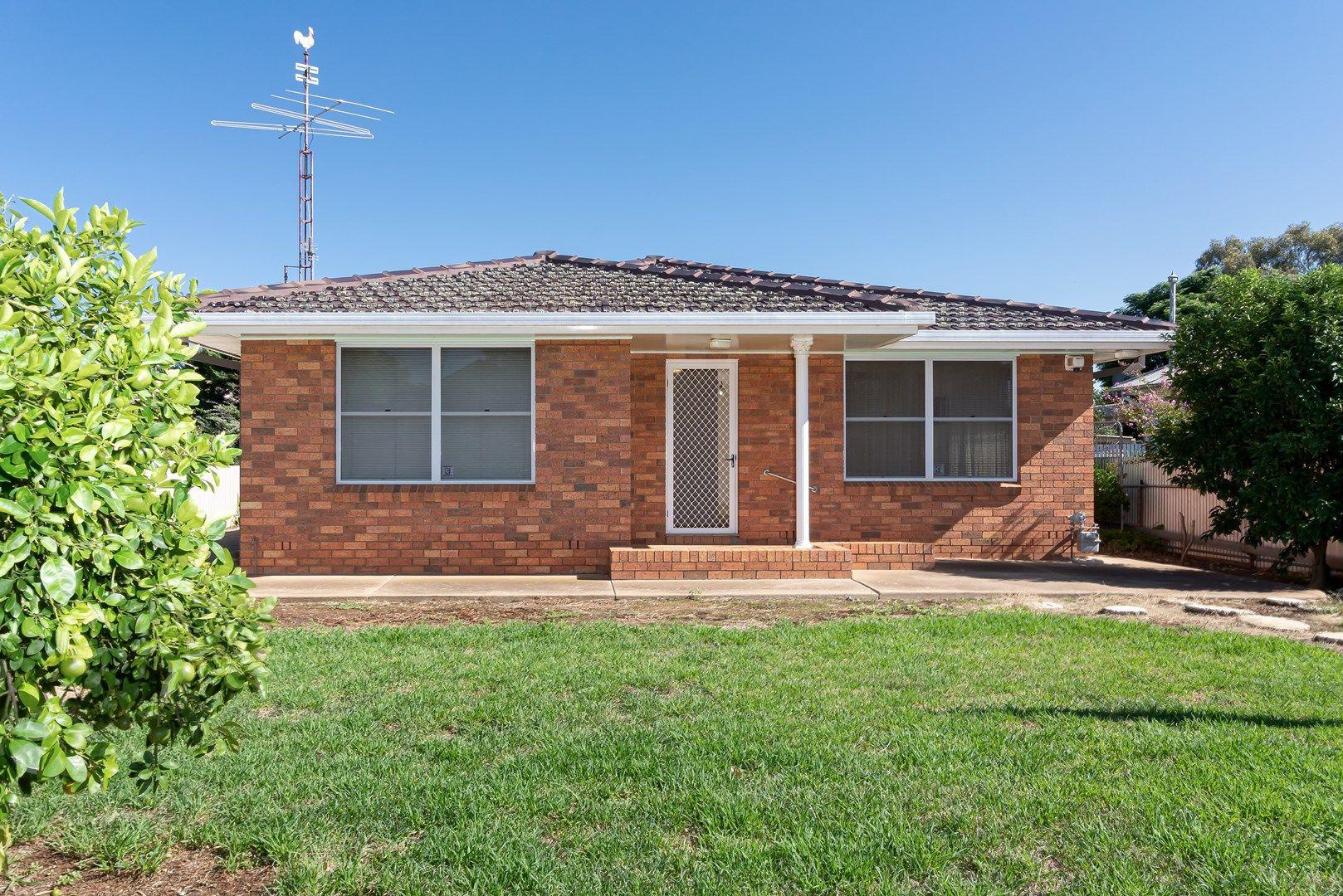 105 Grey Street, Temora NSW 2666, Image 0
