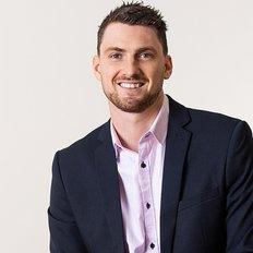 Ashton Beukers, Sales representative