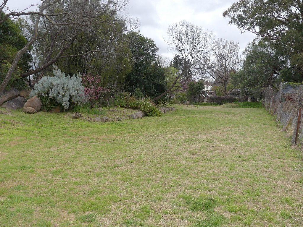 26 Lock St, Stanthorpe QLD 4380, Image 2