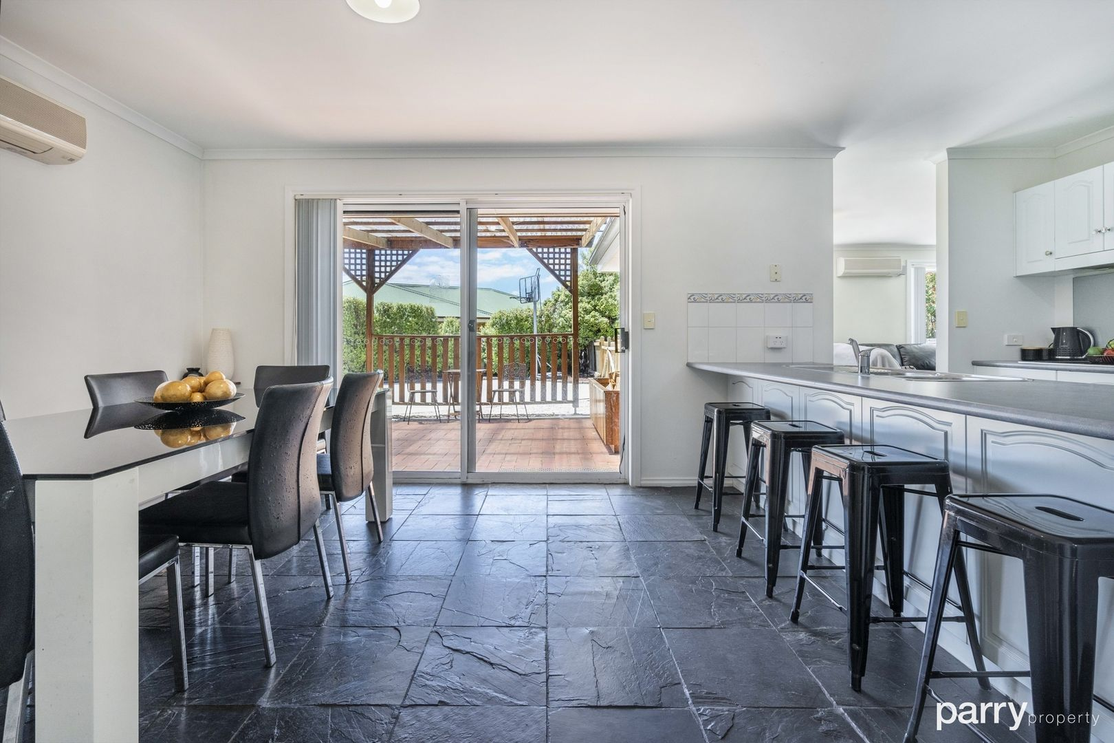 9 Nelson Place, Perth TAS 7300, Image 2