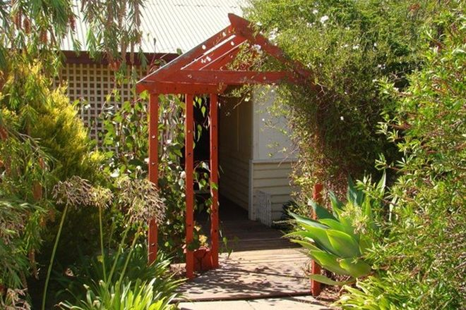 Picture of 6 Forrest st, BOYUP BROOK WA 6244