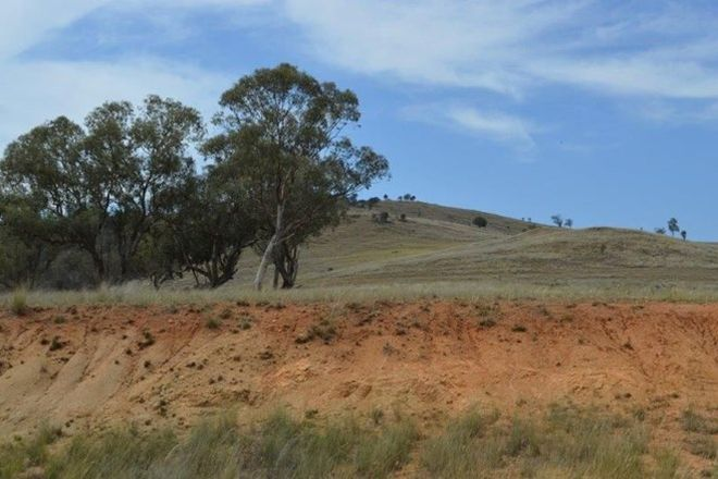 Picture of 7448 Hume Hwy, COOLAC NSW 2727