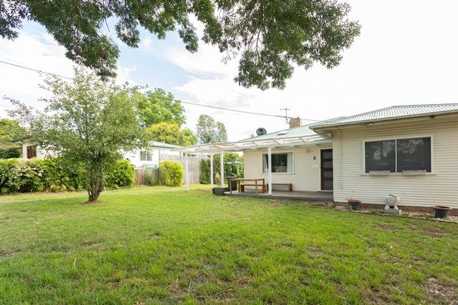 Picture of 5 Donnelly Street, ARMIDALE NSW 2350