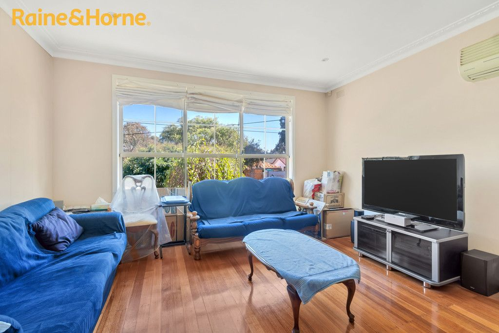 68 WINDELLA CRESCENT, Glen Waverley VIC 3150, Image 1