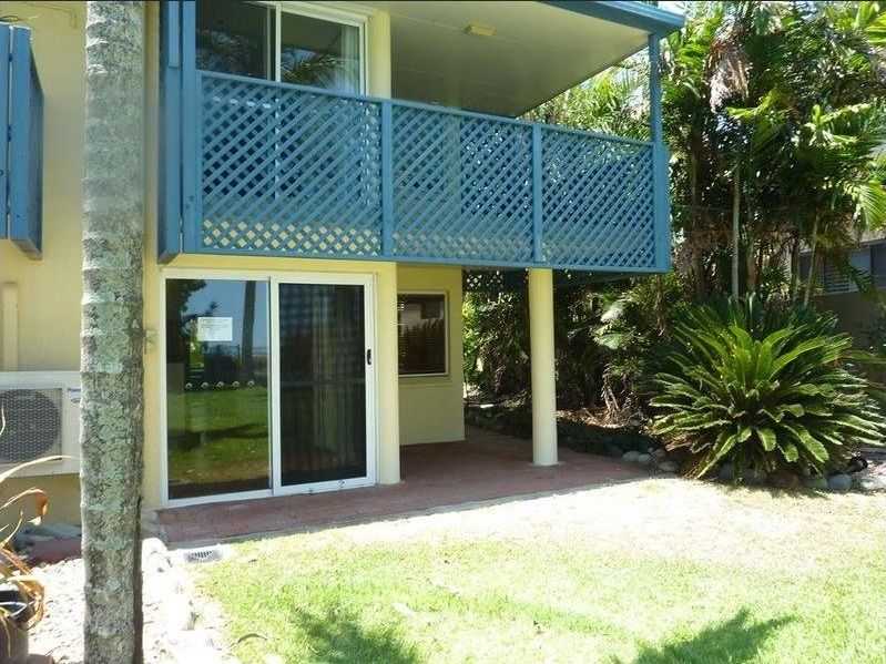 1/18 Beach Road, Dolphin Heads QLD 4740, Image 0