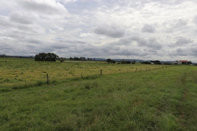Picture of 171 Brush Farm Road, RAWORTH NSW 2321