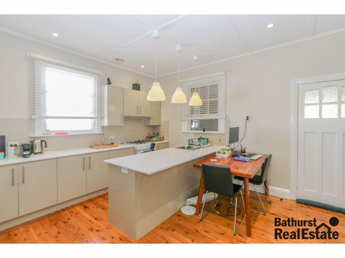 96 Piper Street, Bathurst NSW 2795, Image 2