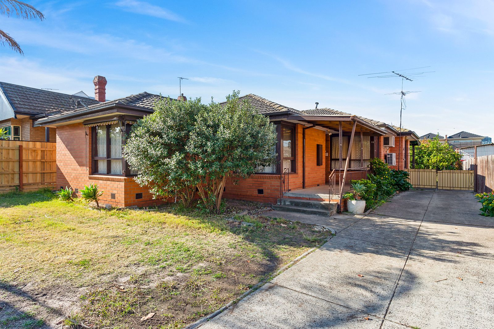 10 Lincoln Road, Essendon VIC 3040, Image 1