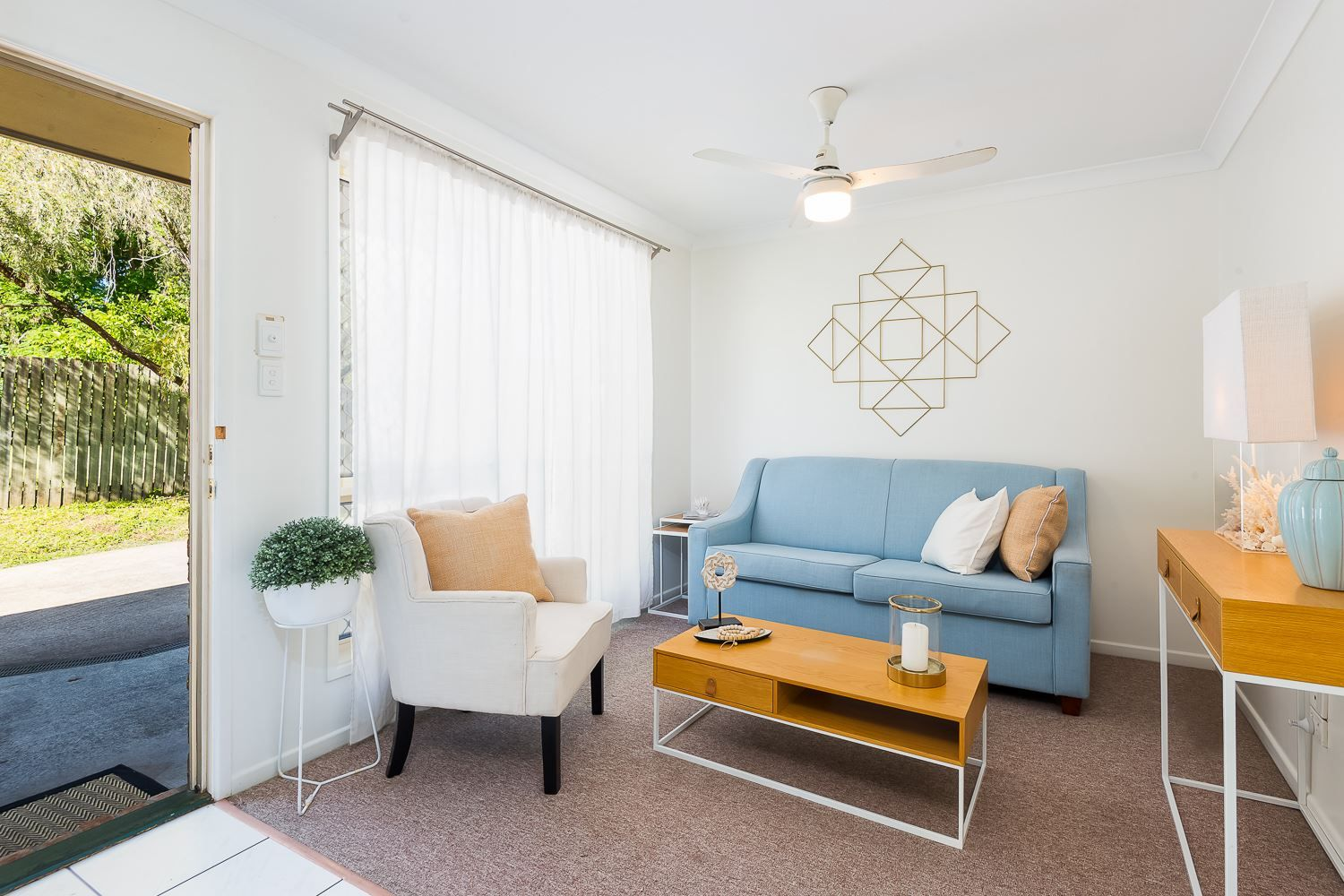 2/13A Merrell Street, North Booval QLD 4304, Image 2
