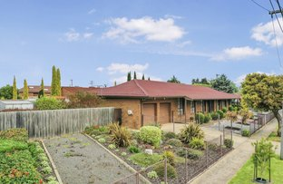 Picture of 64 Bayview Crescent, Hoppers Crossing VIC 3029