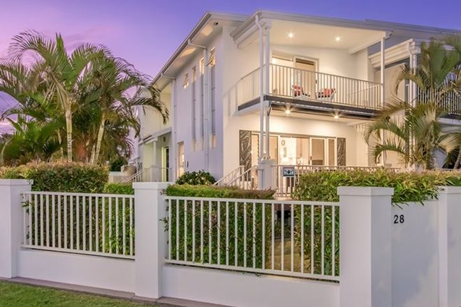 Picture of 1/28 Huth Street, LABRADOR QLD 4215