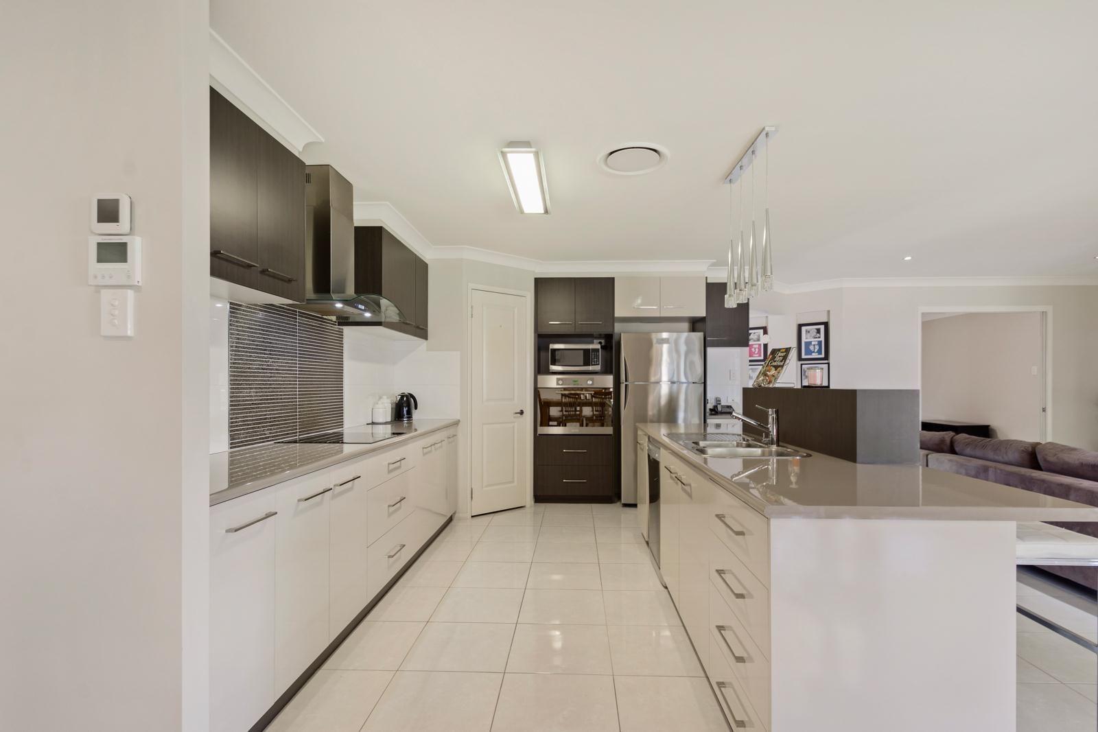 13 Whitman Street, Westbrook QLD 4350, Image 1