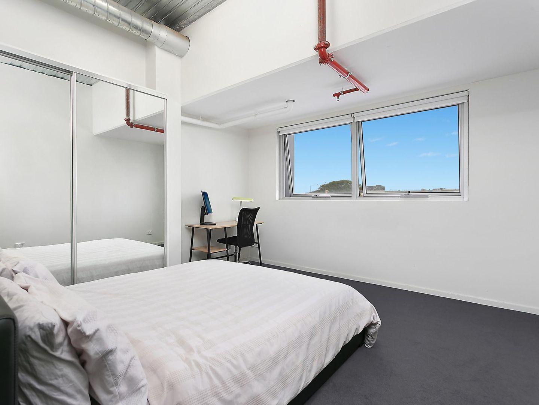 10/8-18 Whitehall Street, Footscray VIC 3011, Image 2