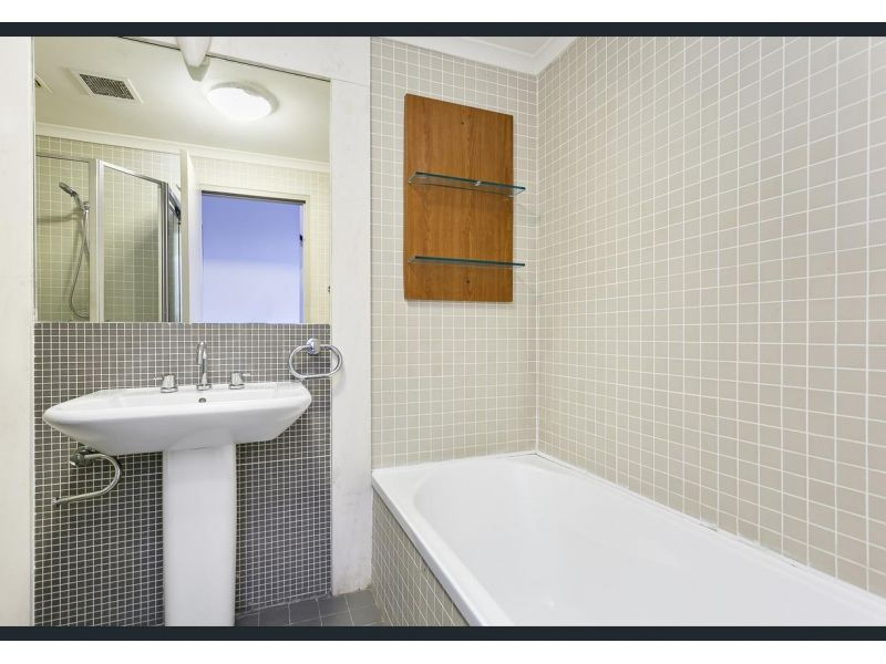 10/426 Cleveland Street, Surry Hills NSW 2010, Image 2
