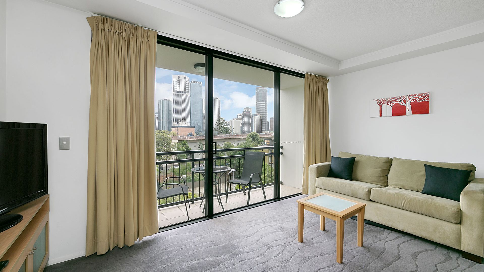 63/15 Goodwin Street, Kangaroo Point QLD 4169, Image 2