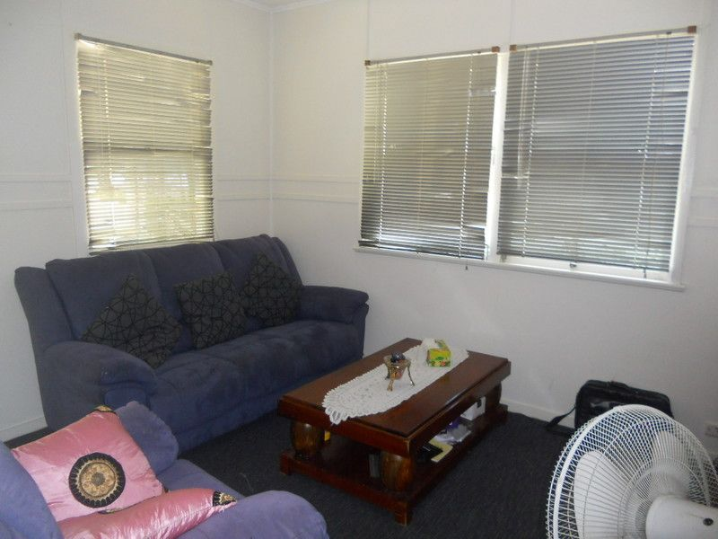 15 Alfred Street, Woody Point QLD 4019, Image 2