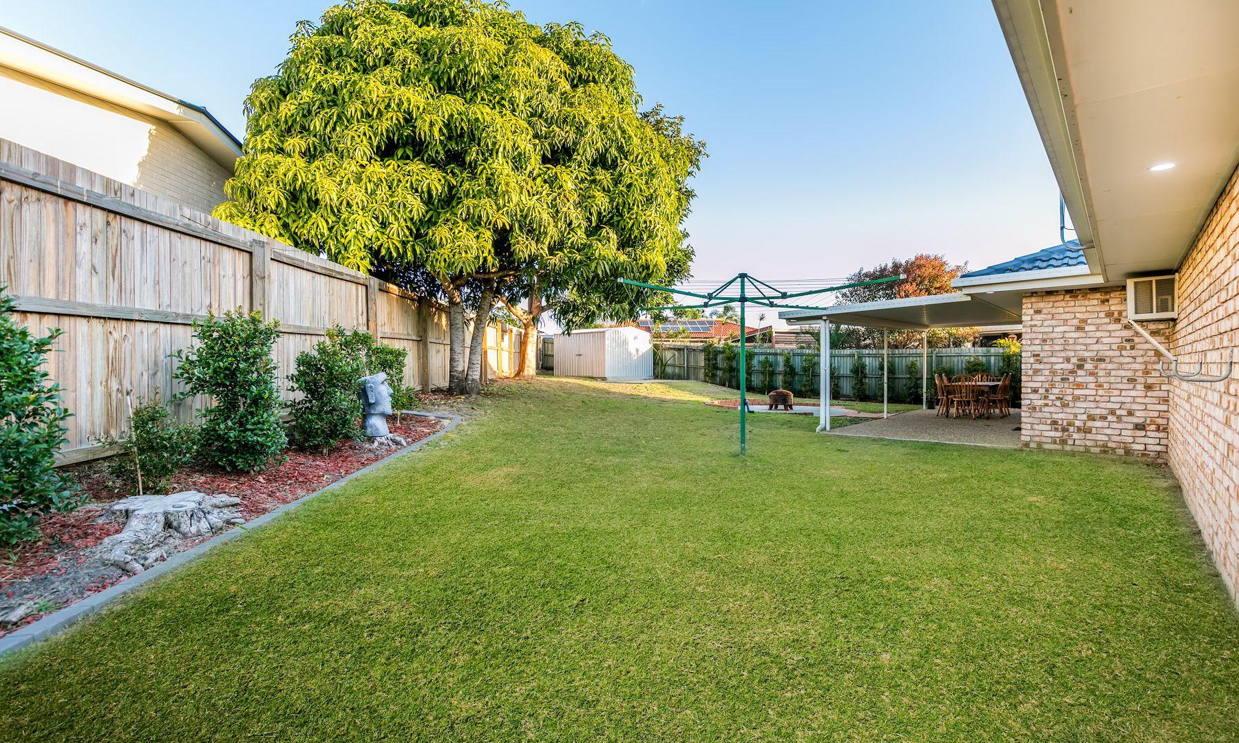 15 Haylett Rise, Regents Park QLD 4118, Image 2