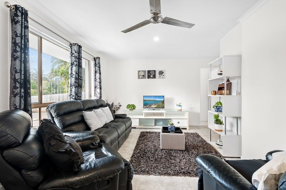 16 Dorson Drive, Mooloolah Valley QLD 4553, Image 2