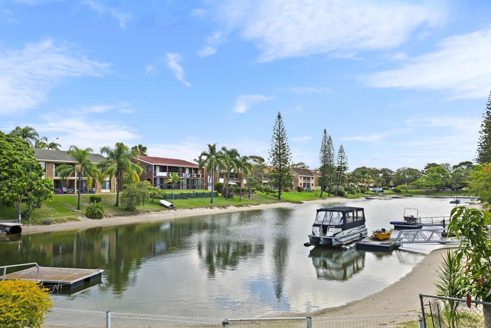 10 Helm  Court, Mermaid Waters QLD 4218, Image 0