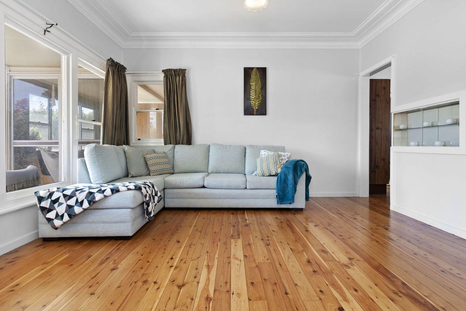 5 Renshaw Avenue, Singleton NSW 2330, Image 2