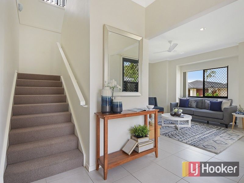 22 Blue Mountains Crescent, Fitzgibbon QLD 4018, Image 1