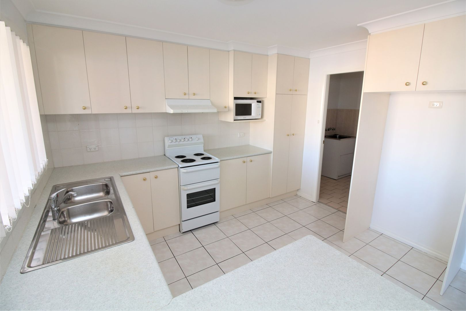 3/490 Banna Avenue, Griffith NSW 2680, Image 0
