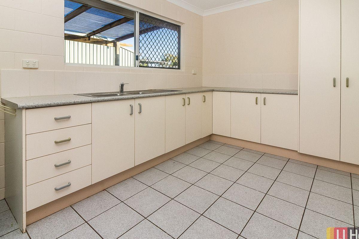 2/6 Beau Park Drive, Burdell QLD 4818, Image 1