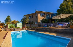 Picture of 2 Fairview Place, Mollymook NSW 2539