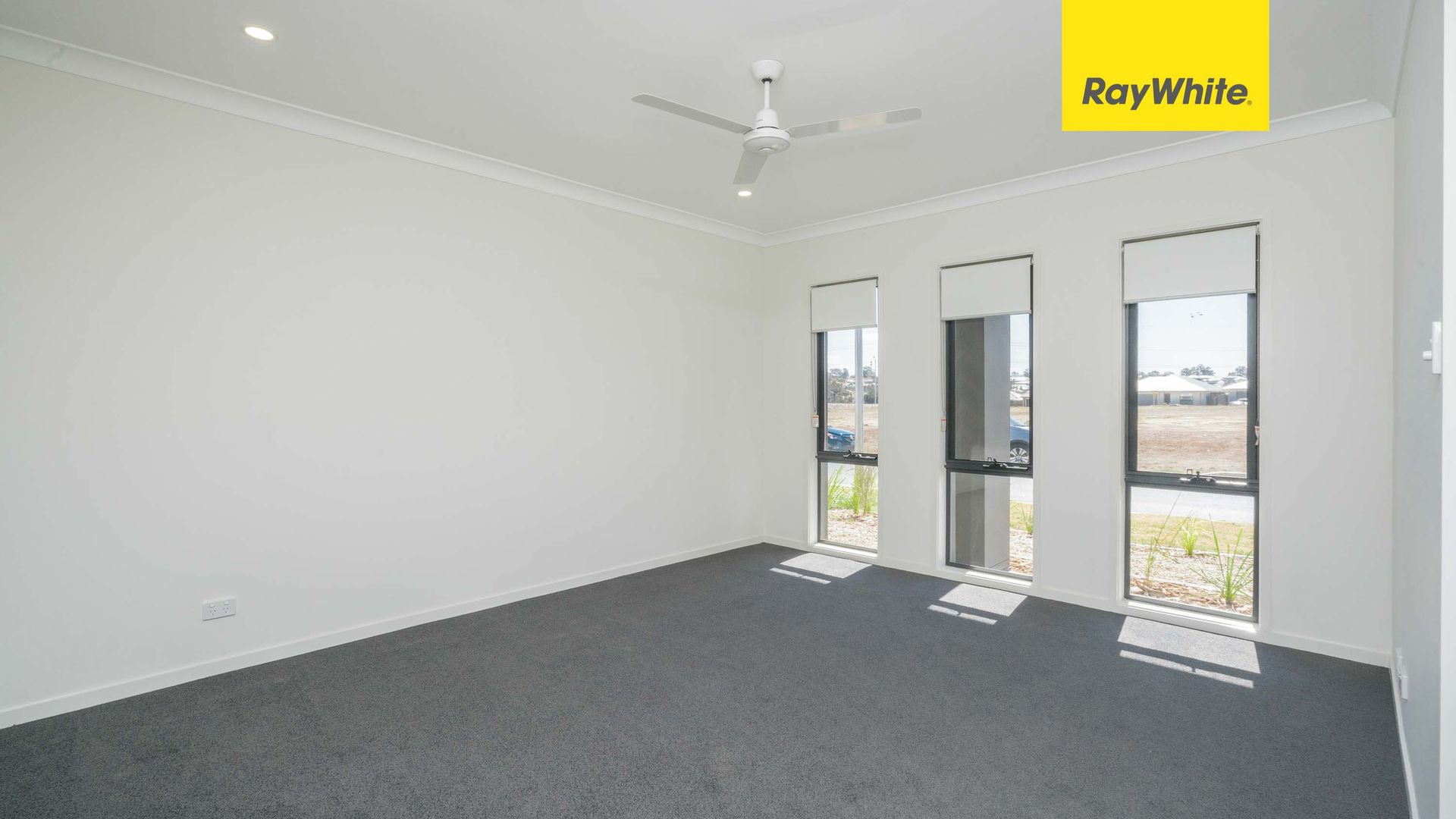 10 Duncombe Ave, Gledswood Hills NSW 2557, Image 1