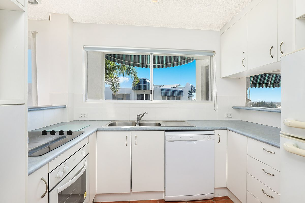 20/38 Mcilwraith Street - ESTORIL, Moffat Beach QLD 4551, Image 2
