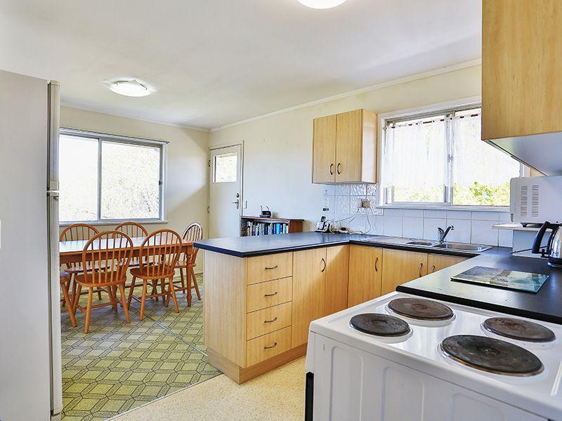 18 Peter Street, Strathpine QLD 4500, Image 1