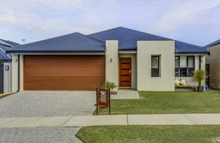 Picture of 6 Lambrook Way, Landsdale WA 6065