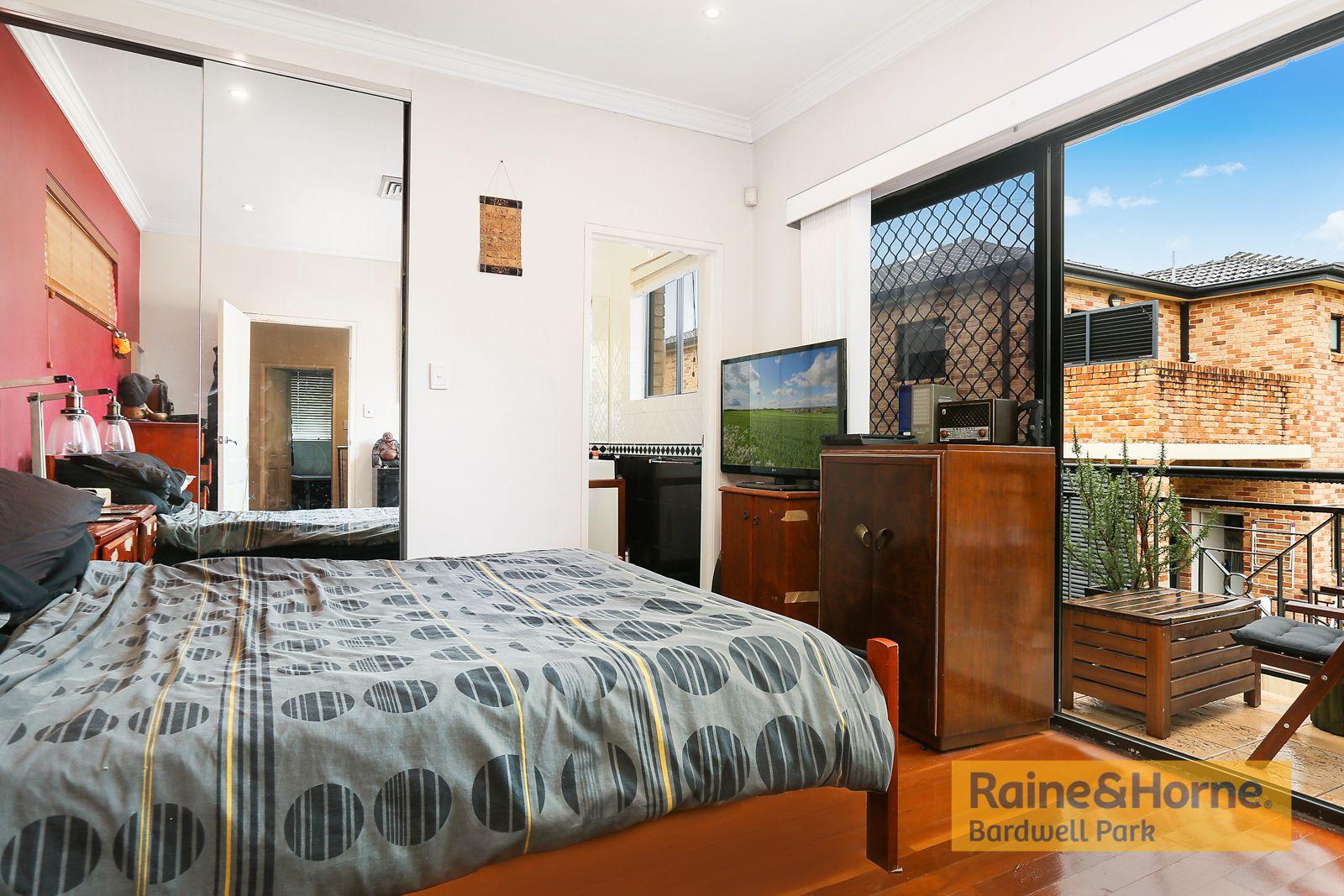 26 Walker Street, Turrella NSW 2205, Image 2