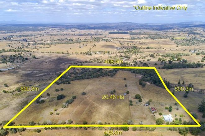 Picture of 118 Muckerts Lane, FAIRNEY VIEW QLD 4306