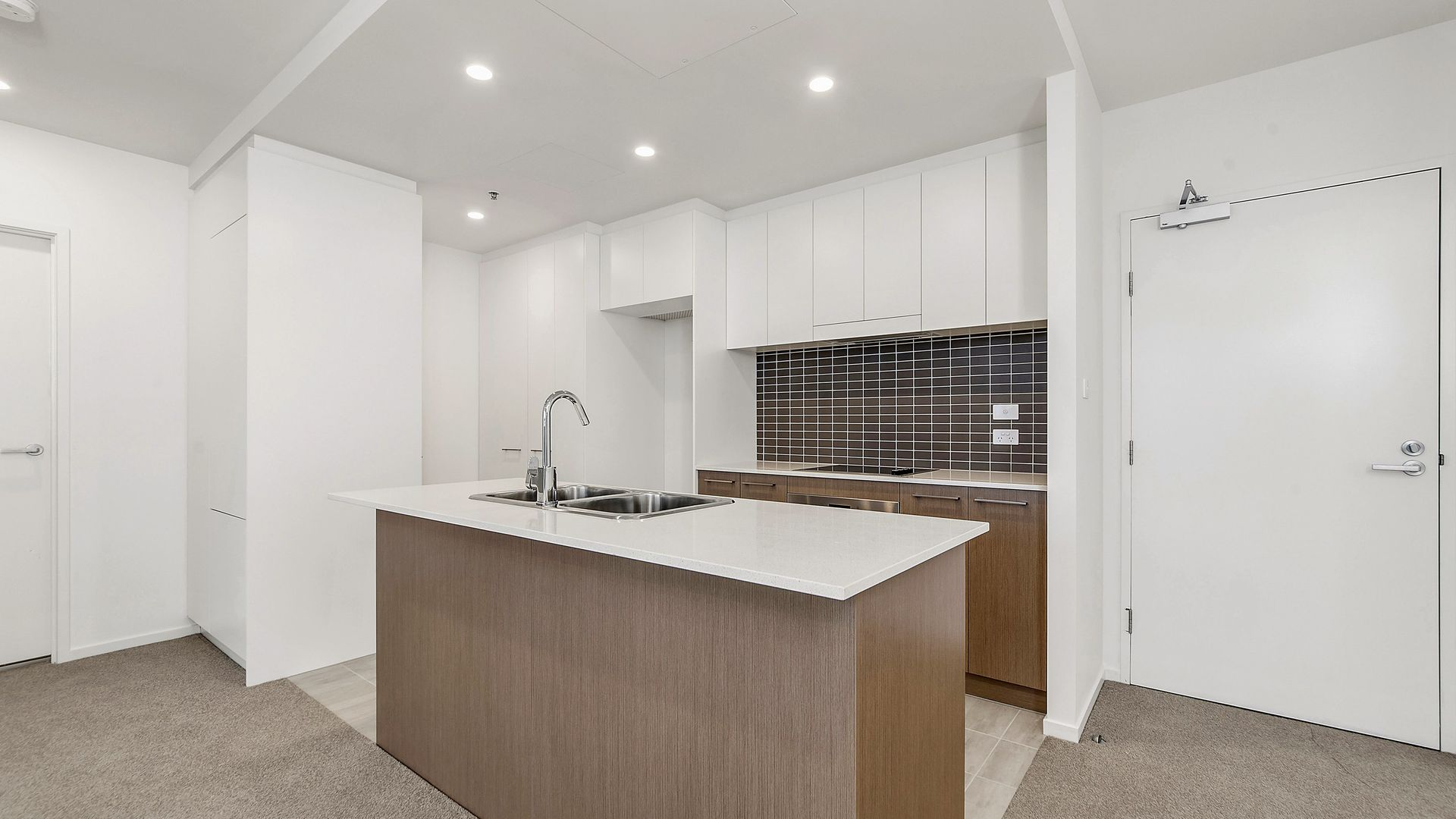 91/7 Irving Street, Phillip ACT 2606, Image 1