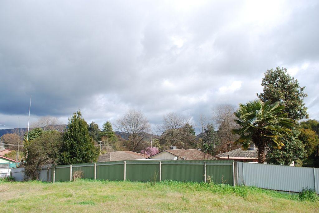 4 Halls Road, Myrtleford VIC 3737, Image 2
